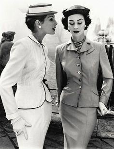 John French, Fiona Campbell- Walter & Anne Gunning, photo John French. Londres, UK, 1953