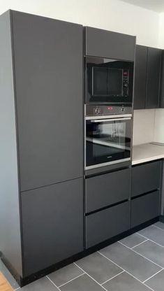 Aluminum Kitchen Cabinets, Minimalist Kitchen Cabinets, Modern Grey Kitchen, Grey Kitchen Designs, Kitchen Cupboard Designs, Kitchen Room Design, Modern Kitchen Design, Kitchen Layout, Home Decor Kitchen