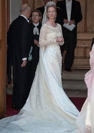 Resultado de imagem para vestidos de noiva de rainhas e princesas para Pinterest