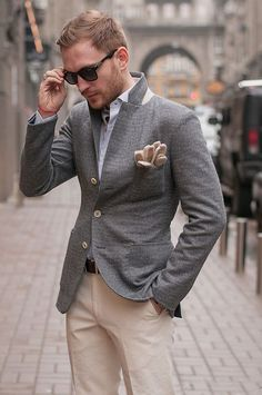 Light pant with gray blazer