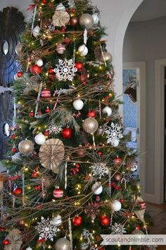 The Easiest Tree Garland Ever | Garlands, Holidays and Christmas tree