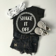 Shake it off! Girly outfit inspiration. For more: Follow @rootavenue on Instagram.