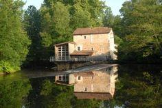 Charente : Montbron, moulin de Menet