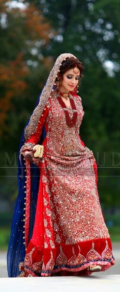 Wedding Dresses Pakistani Mehndi Grooms Ideas For 2019 Pakistani Wedding Dresses, Pakistani Outfits, Indian Dresses, Indian Outfits, Pakistani Mehndi, Dress Wedding, Mode Hijab, Bridal Outfits, Bridal Lehenga