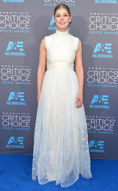 Rosamund Pike WOWs in white at the Critics' Choice Awards!