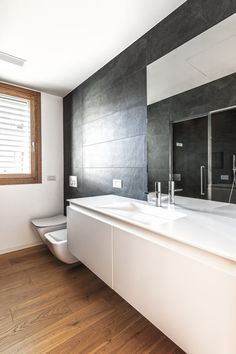 Bathroom Lighting, Bathtub, Mirror, Studio, Furniture, Home Decor, Houses, Bathroom Light Fittings, Standing Bath