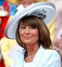 Royal Wedding Hats: Hits & Misses I'd say the mother of Katherine Middleton… Royal Wedding 2011, Royal Weddings, William Kate Wedding, Carole Middleton, Middleton Wedding, Classy People, Prince William And Catherine, Cocktail Hat, Evening Dresses For Weddings