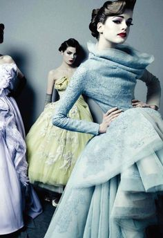 Dior Couture Book : I have this pinned from several different angles.. Im obessed with this dress....