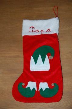 chaussette de Noël bonnet et chaussons de lutin en feutrine brodée