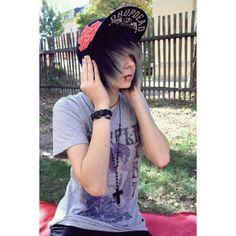 40 cute emo hairstyles for teens (boys and girls) - hairstyle models - 40 cute emo hairstyles for teens (boys and girls) - Cute Emo Guys, Hot Emo Boys, Emo Girls, Emo Mode, Pelo Emo, Scene Guys, Emo People, Teen Boy Hairstyles, Emo Scene Hair