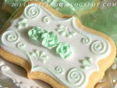 plaque cookies with rosebuds
