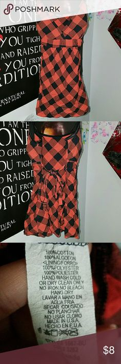 Checkered tanktop Orange/black, breast pads may need adjusted, dry clean only Deb Tops Tank Tops