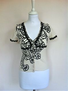 Blumarine Cream and Black Print Cardigan Size 36 via The Queen Bee. Click on the image to see more!