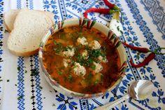 Ciorba de perisoare: secretul ca sa nu se sfarame perisoarele - Kanal Palak Paneer, Soups And Stews, Thai Red Curry, Deserts, Cooking, Health, Ethnic Recipes, Food, Supe