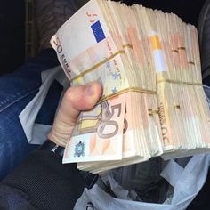 """""""Mi piace"""": 3,281, commenti: 11 - Luxury 