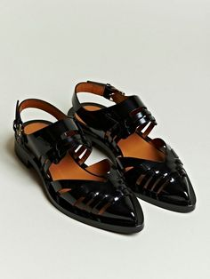 Givenchy Womens's Patent Leather Pointed Sandals