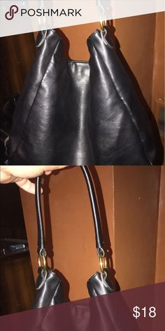 Old navy shoulder bag Great condition Bags Hobos