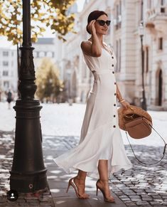 Am I Dreaming, Dress Up, White Dress, My Style, Summer, Model, Clipuri Video, Fashion Trends, Instagram