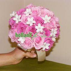 buchet cu trandafiri si stephanotis
