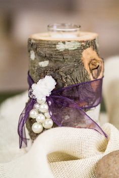 """Tree slice with votive and ribbon """"glam"""""""