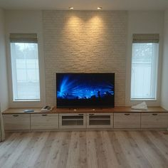 10 Happy ideas: False Ceiling Living Room With Tv Unit false ceiling rustic living rooms.False Ceiling For Hall Living Rooms. Hall Interior Design, Lobby Interior, Classic Furniture, Cheap Furniture, Furniture Dolly, Furniture Online, Discount Furniture, False Ceiling Living Room, Chandelier Bedroom