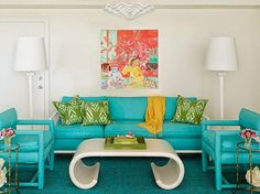 Can you tell I love Meg Braff? Here are some pictures of Meg Braff's Palm Beach condo. It has all the elements of Palm Beach Chic !