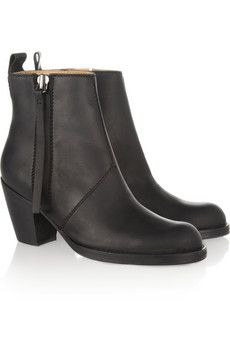 acne pistol leather boots...http://rstyle.me/n/kx3wnqmn