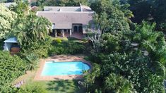 Explore this property 4 Bedroom House in Amanzimtoti