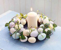 velikonocni dekorace – Vyhledávání Google Easter Crafts, Christmas Crafts, Easter Wreaths, Pillar Candles, Tea Lights, Candle Holders, Table Decorations, Spring, Home Decor