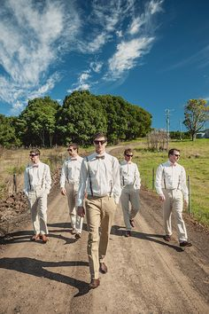Groomsmen photo-- like it and we have the venue for it!! All the guys in the wedding party.