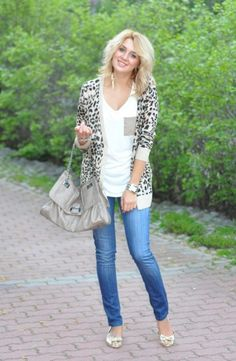 how to wear leopard print - get over your fear of the leopard cardi and bust out this look!