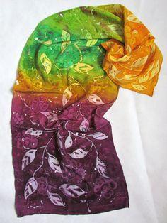 Dipinti a mano sciarpa con fiori. Sciarpa di seta arancio