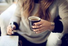 The dark nail polish, the rose gold ring, the warm sweater, cup of coffee... #lulus #holidaywear