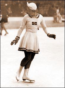 Sonja Henie (1912-1969).  I wish I could go back to my skating days...