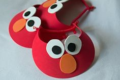 "Elmo visors for party guests - but my ""circles"" will not look like a 4 year old cut them out.  Is that mean?"