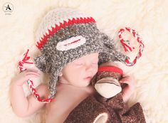 Amanda Abraham Photography, Inc. Specializing in newborns and children. Using props to enhance your photography experience!
