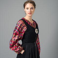Bilderesultat for festdrakt for nordnorge Lofoten, Norway, Culture, Costumes, Traditional, Lady, Blouse, Clothes, Beauty