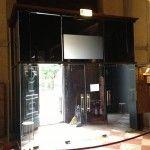 3M VIKUITY - Altra immagine della realizzazione di una entrata vetrata dove è stato installato la pellicola 3M Vikuity in abbinata con pellicola Traslucent di colore nero. http://www.ventotto.net/pellicole-decorative/pellicole-privacy/ #3mvikuity #pellicoleprivacy