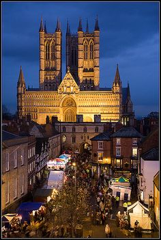 Lincoln Christmas Market - I miss this so much. I lived in Lincoln for 2 years and moved 11 years ago but I still remember the lovely Christmas markets.