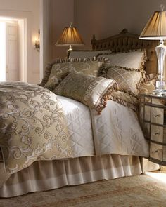 Isabella Collection - Hyde Park Bed Linens  traditional bedding