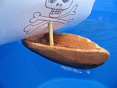 Как сделать лодки из сосновой коры