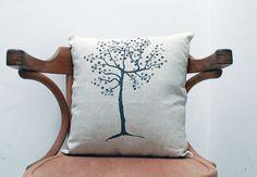Coussin arbre peint à la main  sur toile par UnChatsurleToit
