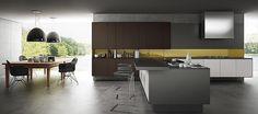 cozinha com belo detalhe em amarelo #cozinha #amarelo #florense