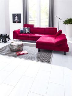 nayez plus peur du rouge il devient un classique dans les salons - Canape Luxe