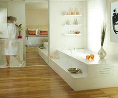 Revestimento interno feito com porcelanato padrão madeira filetada