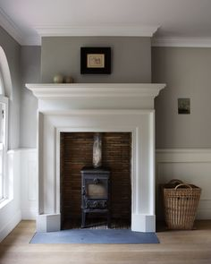 New Screen Fireplace Hearth trim Suggestions Fire surround, cornicing & panelling. Stove Fireplace, Fireplace Design, Tall Fireplace, Fireplace Ideas, 1930s Fireplace, Simple Fireplace, Fireplace Mirror, Fireplace Hearth, Modern Fireplace