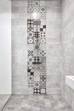45 Best Shower Tile Ideas That Will Tranform Entire Atmosphere of Your Bathroom # Decor, Bathroom Interior Design, Interior, Tile Design, House Interior, Bathroom Tile Designs, Bathroom Flooring, Bathrooms Remodel, Bathroom Decor