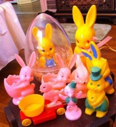Vtg lot Easter hard plastic candy container rattle knickerbocker chick wheels   #506649215