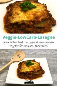 Unverschämt lecker diese Veggie-LowCarb-Lasagne. Die macht sogar Fleischliebhaber schwach! Vegetarisch, kalorienarm, einfach in der Zubereitung und ideal für alle, die sich gerne kohlenhydratereduziert ernähren oder ein paar Kilo abnehmen möchten. Die perfekte Lasagne für alle, die bspw. an Lipödem leiden und auf eine basische Ernährung wert legen! #Lasagne #Kohlrabi #LowCarb #ohneKohlenhydrate #veggie #fleischlos #Hackfleisch #gesund #abnehmentrotzLipödem #gesundeErnährungmitLipödem #Lipödem Veggies, Beef, Food, Fitness, Healthy Recipes, Healthy Food, Meat, Vegetable Recipes, Vegetables
