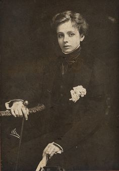 lesbian, Maude Adams (1872-1953)  American stage actress.